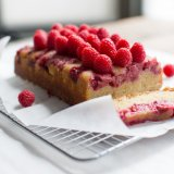 Moist Raspberry And Lemon Cake