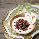 Hummus with spiced lamb topping