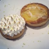 Lemon meringue tart and pear almond tart - Ducasse