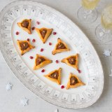 Merguez pyramid pastries