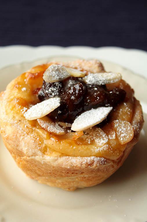 how to keep portuguese custard tarts