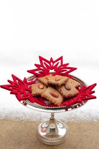 Festive Baking: Honeyed Gingerbread Cookies