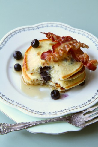Blueberry Pancakes with Bacon and Maple Syrup