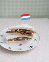 Flintstone sandwich