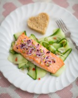 Asian salmon with cucumber salad and quinoa