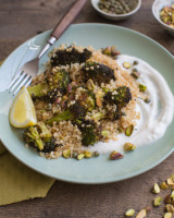 Quinoa Broccoli salad with pistachios